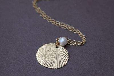 Gold vermeil shell necklace with saltwater pearl