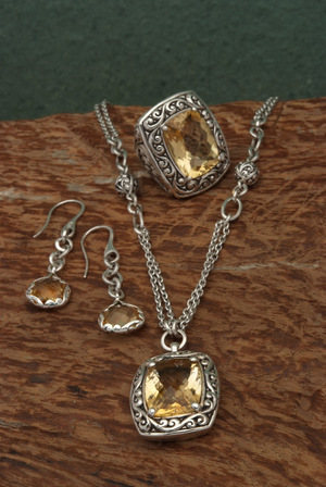 Lois Hill Champagne Quartz Collection