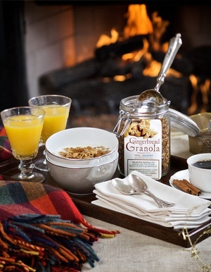 Texas Oncology encourages healthy holiday eating with its 2010 holiday recipe: Gingerbread Granola.