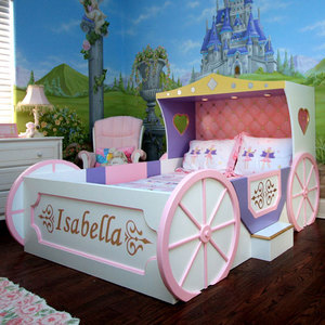Fairytale Gardens Mural and Carriage Bed