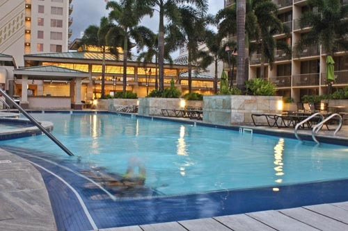 Emby Suites Waikiki Beach Walk Review Families Welcome In