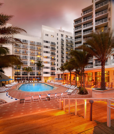 Historic Courtyard Cadillac Miami Beach Hotel Review Balancing Business With South Buzz