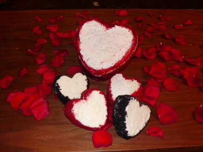Valentine's Day Cakes from The Wood