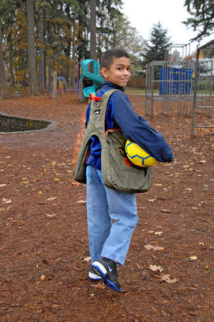 BackTpack is a safe and healthy alternative to backpacks.